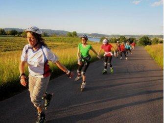 Gemeinsames Plausch und Fitness Inline-Skaten in der Region Zug