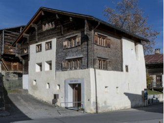 Romanische Medien in der Val Lumnezia